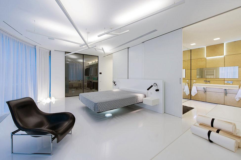 Design Your Romantic Bedroom (5)