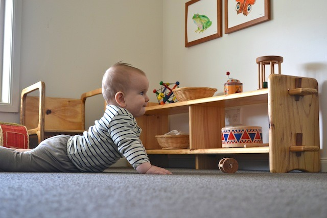 kids crawl (1)